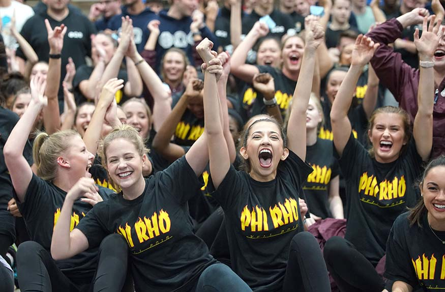 homecoming yell competition